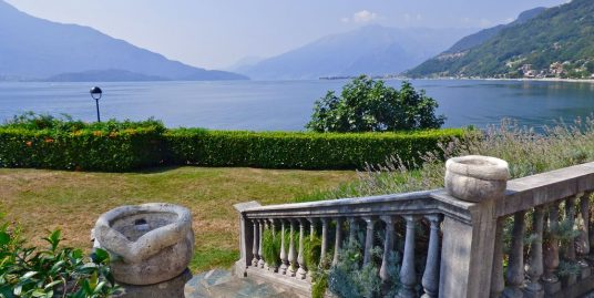 Gera Lario Villa with Dependance Directly on the Lake Como