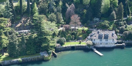 Como Luxury Villa Front Lake with Boathouse – Lake Como