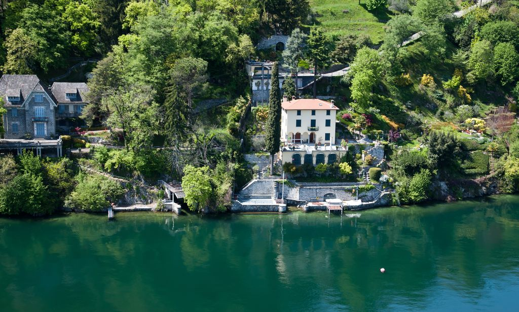 Luxury Villa Bellagio Directly on the Lake with Pier