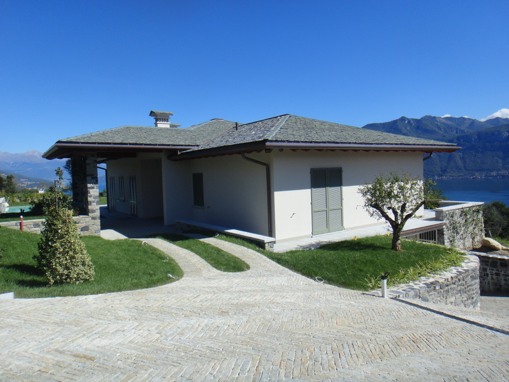 Tremezzina Villa with lake view
