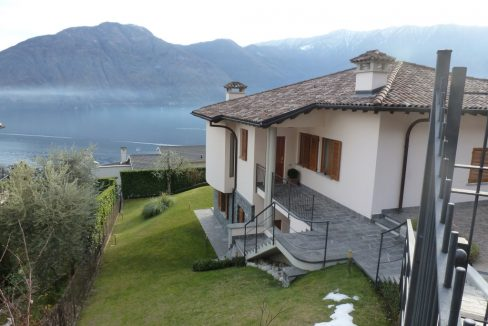 Mezzegra Detached with lake view