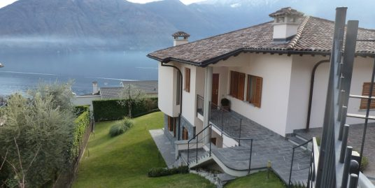 Lake Como Mezzegra Detached Villa with Swimming pool