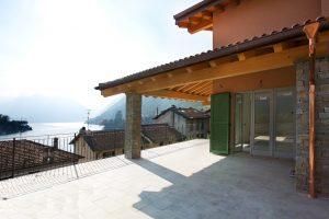 Ossuccio Detached VIlla with Porch