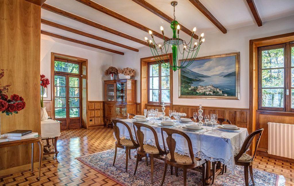 Bellagio Luxury Villa sunny position