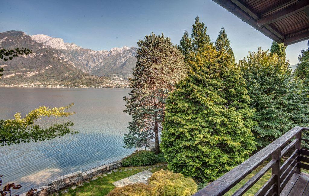 Bellagio Luxury Villa with well planted garden