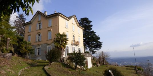 Lake Como Brunate Period Villa with Wonderful Lake View