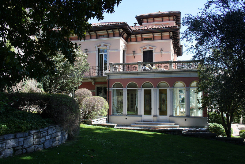 Lake Como Cernobbio Luxury Villa with Wonderful Lake View