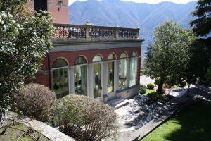 Cernobbio villa with large parking
