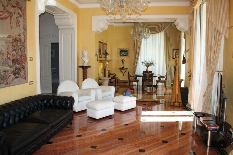 Lake Como Cernobbio Luxury Villa with Wonderful Lake View