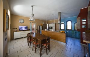 Villa with indoor swimming pool
