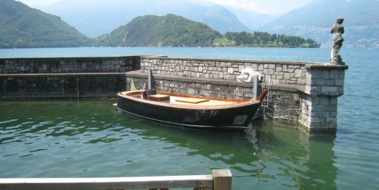 Lake Como Luxury Villa Colico Directly on the Lake