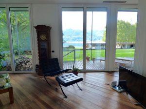 Luxury Villa front lake