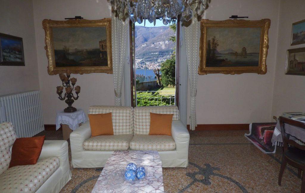 Faggeto Lario Villa - Living room