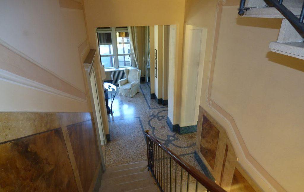 Faggeto Lario Villa - staircase