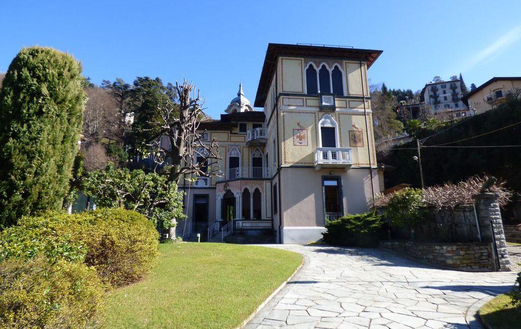 Faggeto Lario Villa period finishes