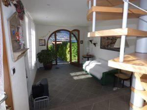 Faggeto Lario Villa car access