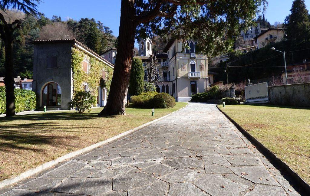 Faggeto Lario Villa with 8 bathrooms