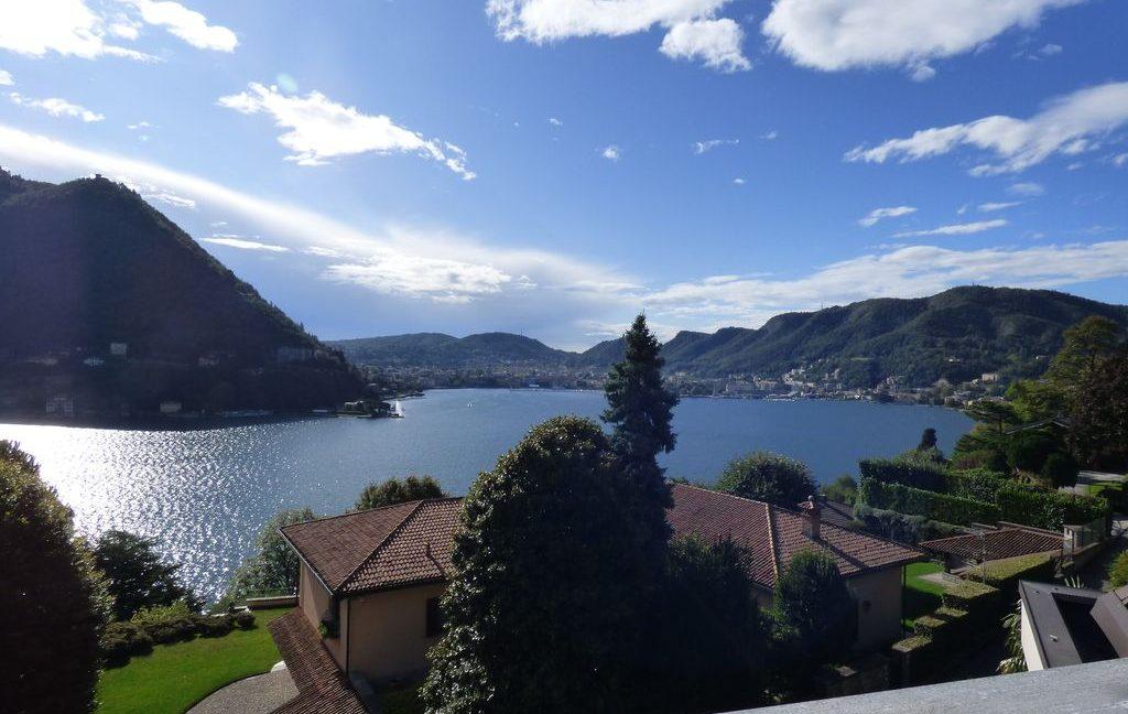 Como Luxury Villa with terrace