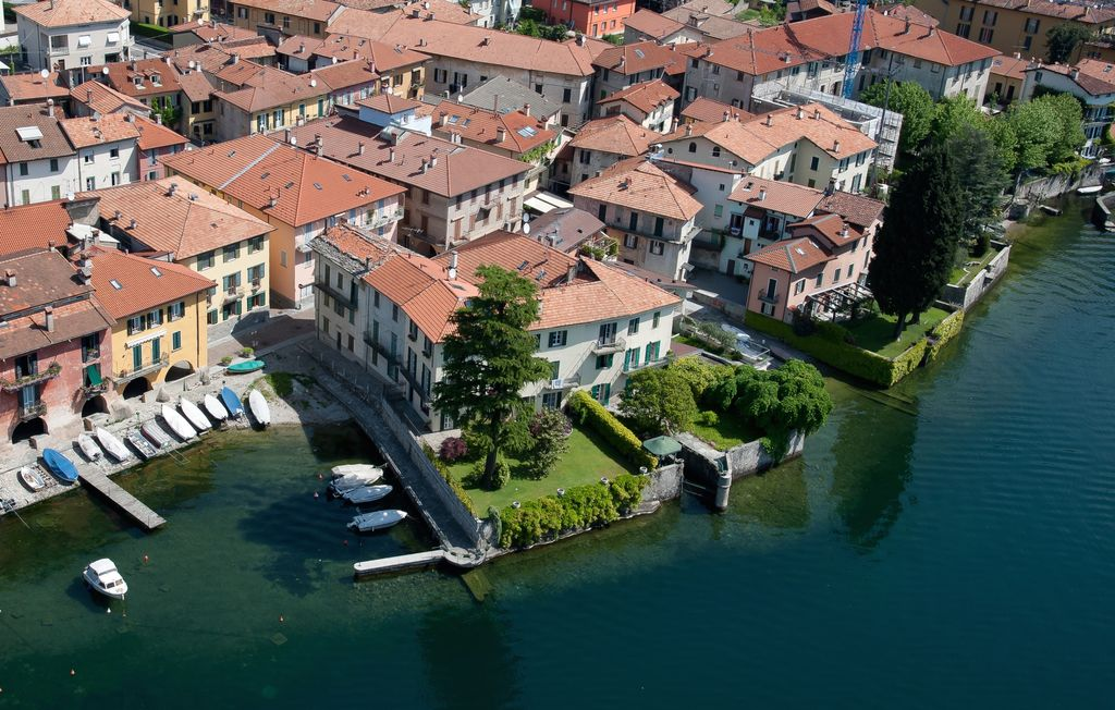 Luxury Villa Mandello del Lario Front Lake private garden