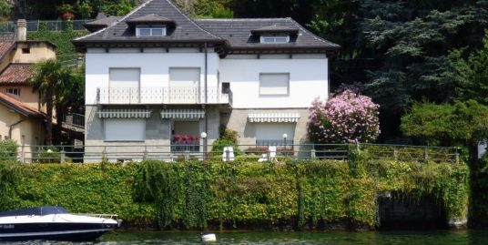 Luxury Villa Pognana Lario Directly on the Lake with Dock