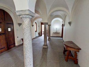 Luxury Villa Mandello del Lario Lake Como - entrance ground floor