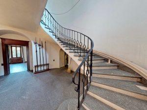 Luxury Villa Mandello del Lario Lake Como - staircase