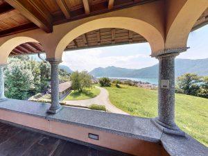 Luxury Villa Mandello del Lario Lake Como - covered porch
