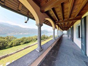 Luxury Villa Mandello del Lario Lake Como on 3 floors