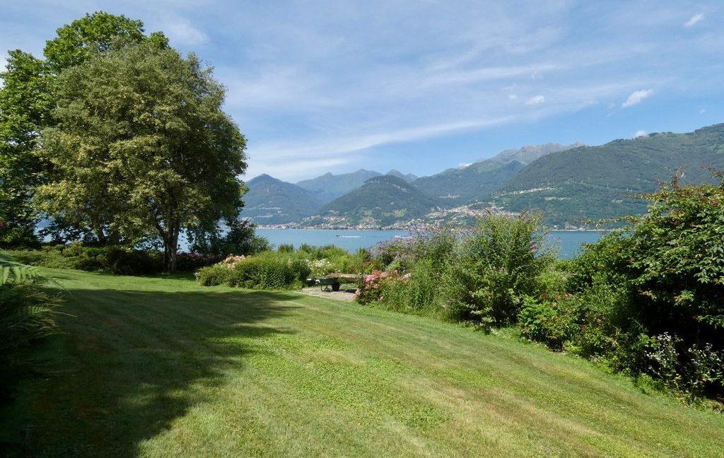 Luxury Villa Colico on the lake