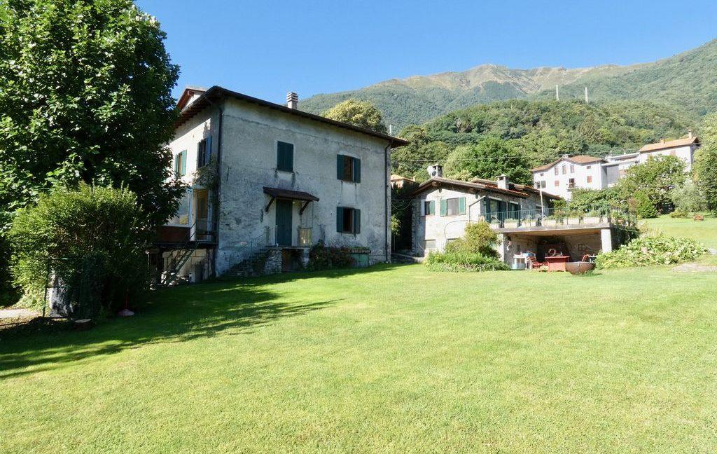Luxury Villa Front Lake with Dock Pianello del Lario lake Como