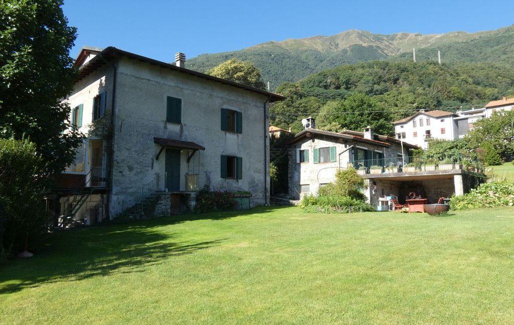 Luxury Villa Front Lake with Dock Pianello del Lario - with solarium