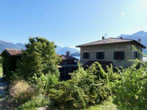 Luxury Villa Front Lake with Dock Pianello del Lario - to renovate