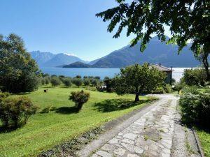 Luxury Villa Front Lake with Dock Pianello del Lario - access