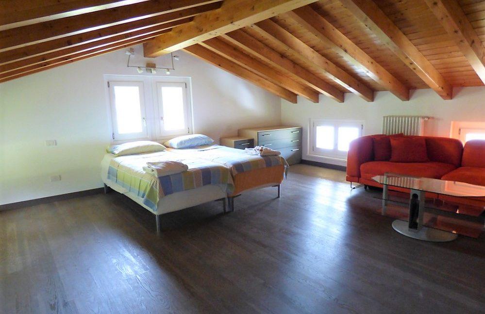 Luxury Villa Menaggio with Swimming pool and Lake view  - bedroom in attic floor