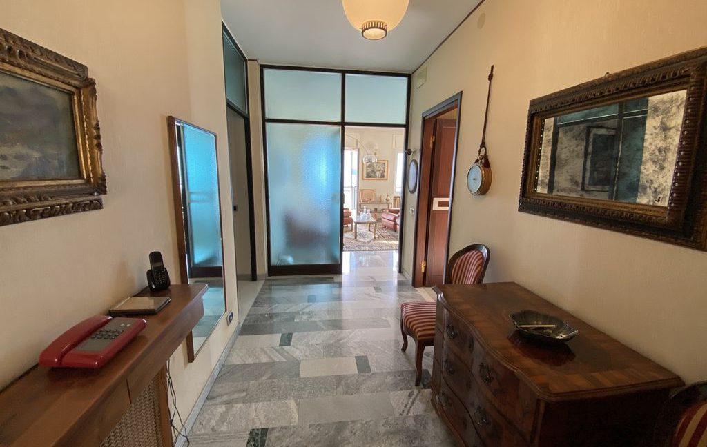 Luxury Villa Pianello Lake Como - corridor