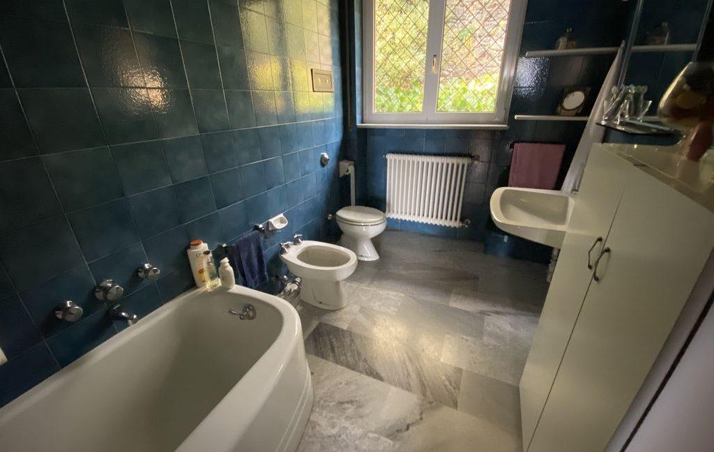 Luxury Villa Pianello Lake Como - bathroom