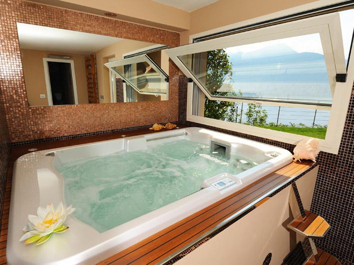 Luxury Villa Lake Como Gravedona ed Uniti with Pool - lake view
