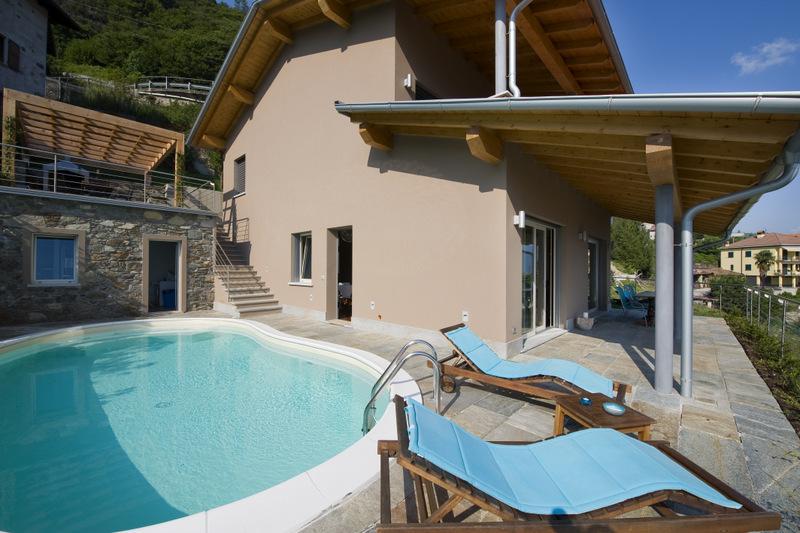 Luxury Villa Lake Como Gravedona ed Uniti with Pool - view