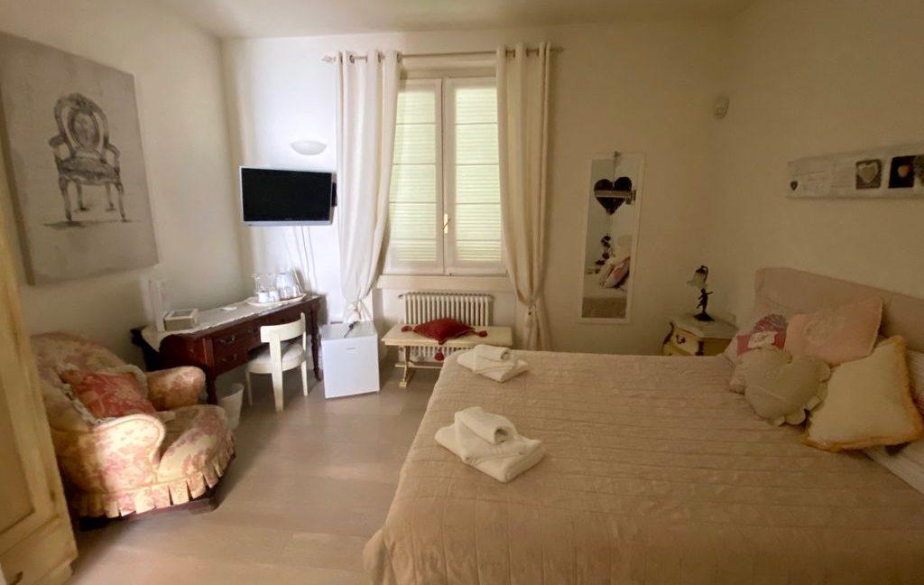 Luxury Villa Front Lake Como Dervio - furnished