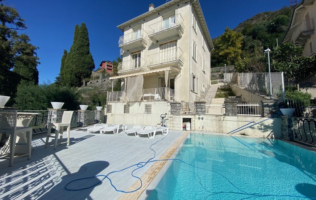 Luxury Villa Front Lake Como Dervio - pool