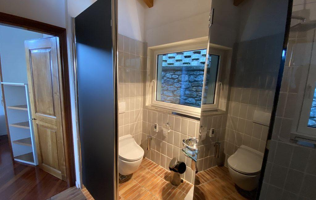 Luxury Villa Gravedona ed Uniti with Swimming Pool - bathroom