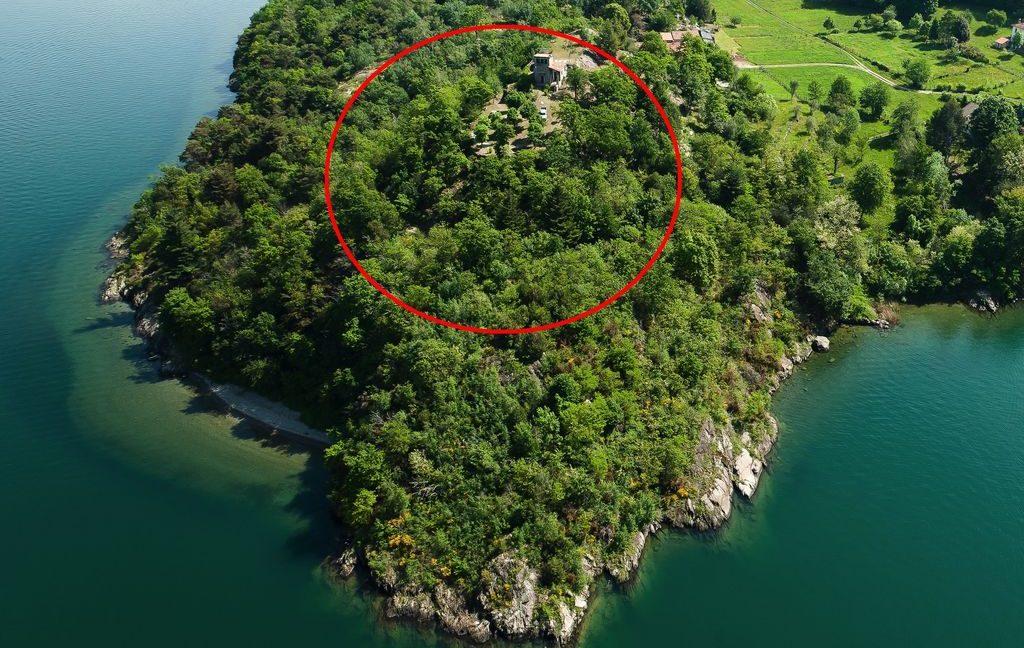 Lake Como Property Front Lake Colico - sunny location