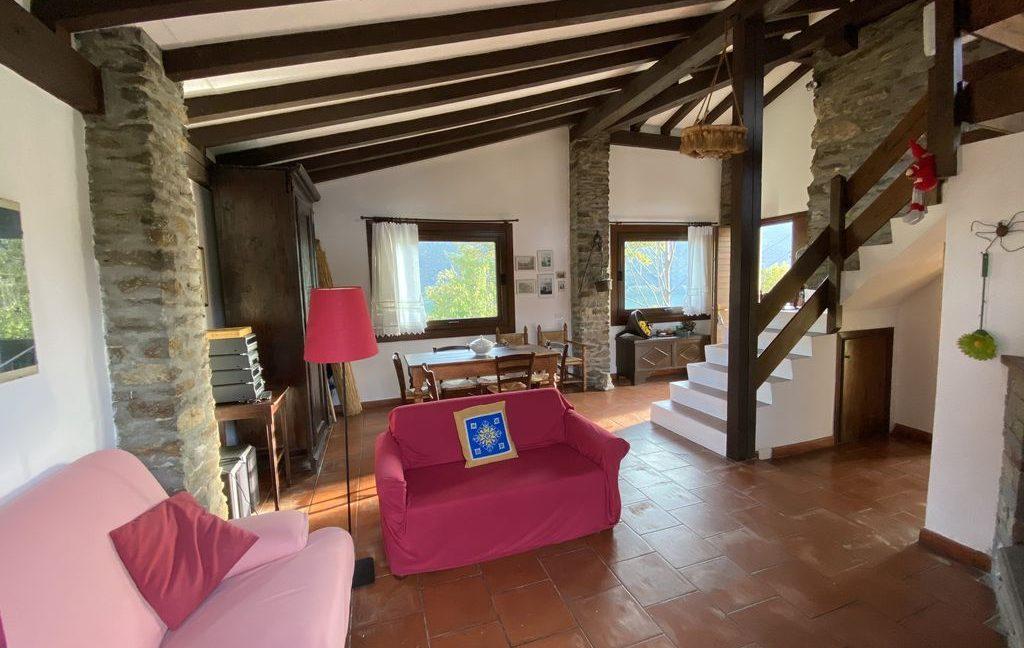 Lake Como Property Front Lake Colico - living room