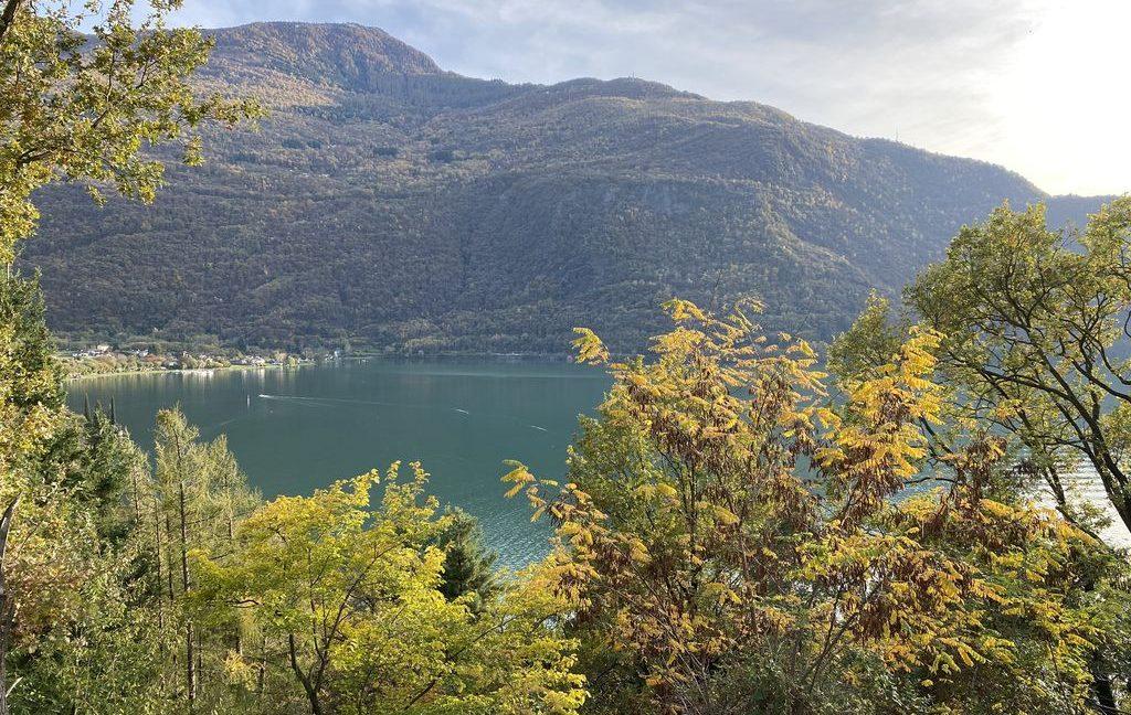 Lake Como Property Front Lake Colico - views