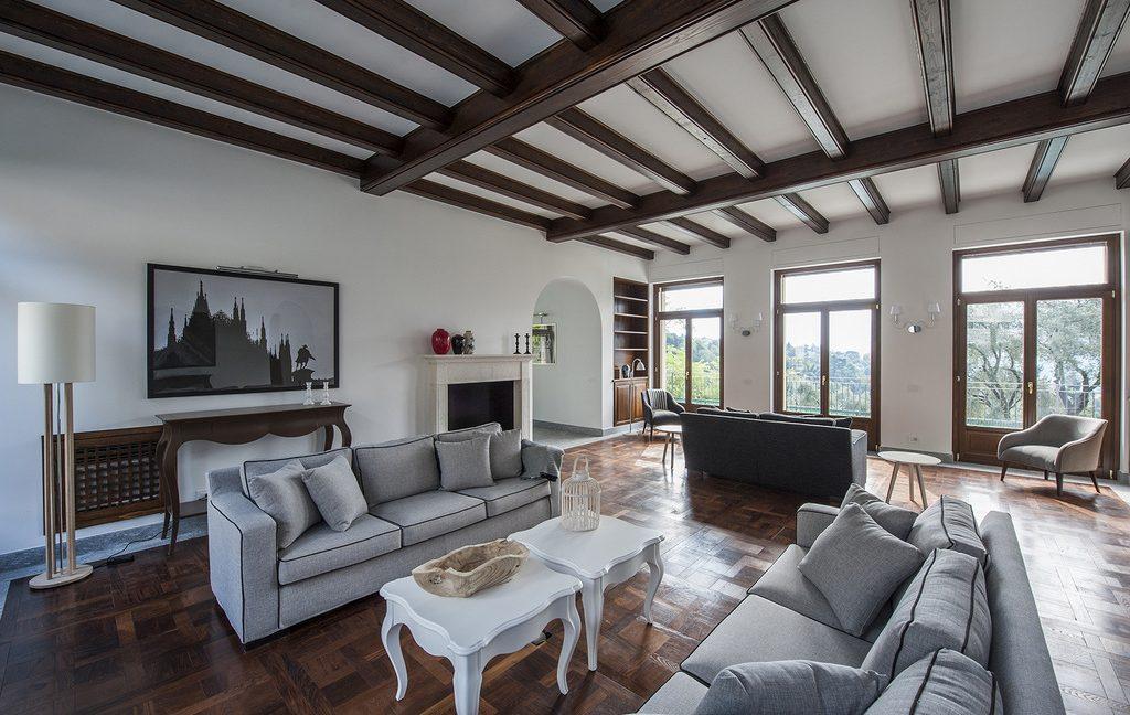 Luxury Villa Lake Como Tremezzo with Swimming Pool  - fireplce