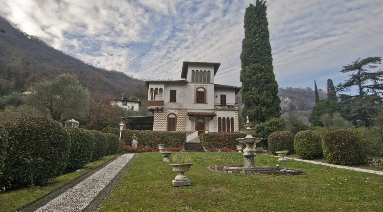 Luxury Villa Oliveto Lario with Boathouse - park