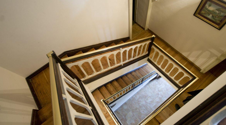 Luxury Villa Oliveto Lario with Boathouse - staircase