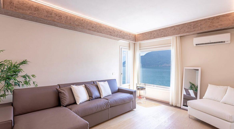Pianello del Lario Luxury Villa Directly on Lake Como - living room