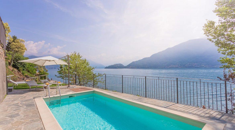 Pianello del Lario Luxury Villa Directly on Lake Como - swimming pool