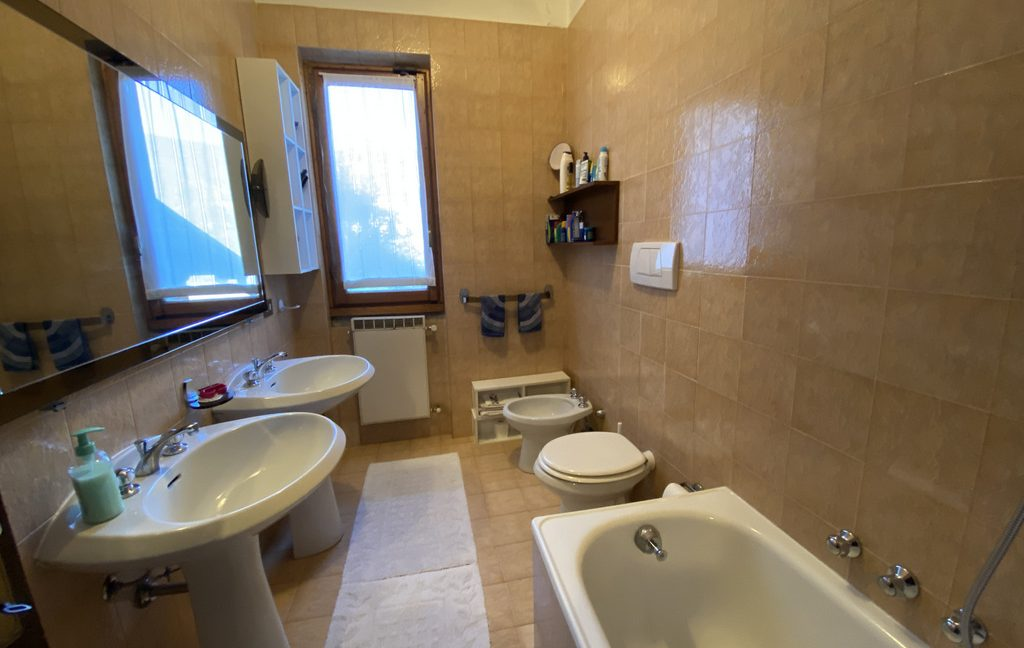 Luxury Villa Lake Como Menaggio  - bathroom